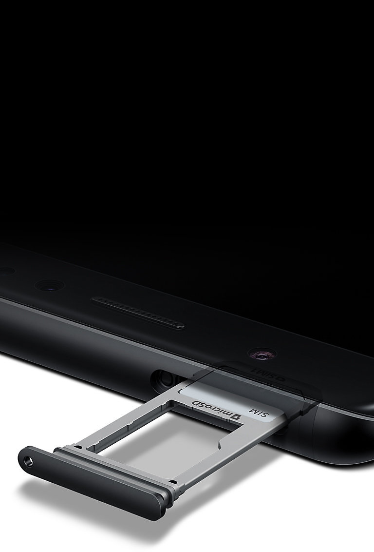 Galaxy Note FE Black Onyx with external memory slot open