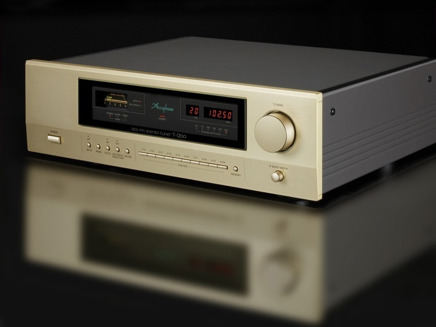 Tuner Accuphase T-1200